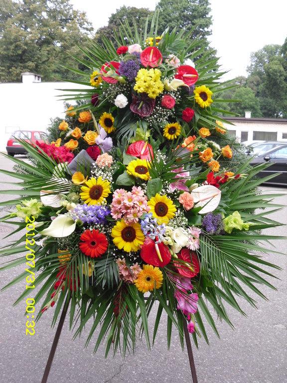 Kolorowa kompozycja pogrzebowa